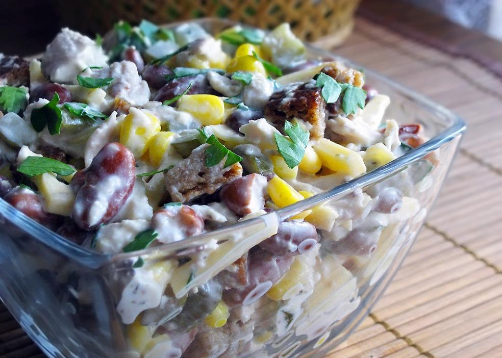 Салат из курицы и красной фасоли рецепт с очень вкусный